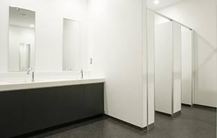 シャワー室・トイレ 写真3